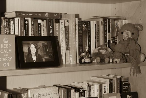 KN-Bookshelf-3416
